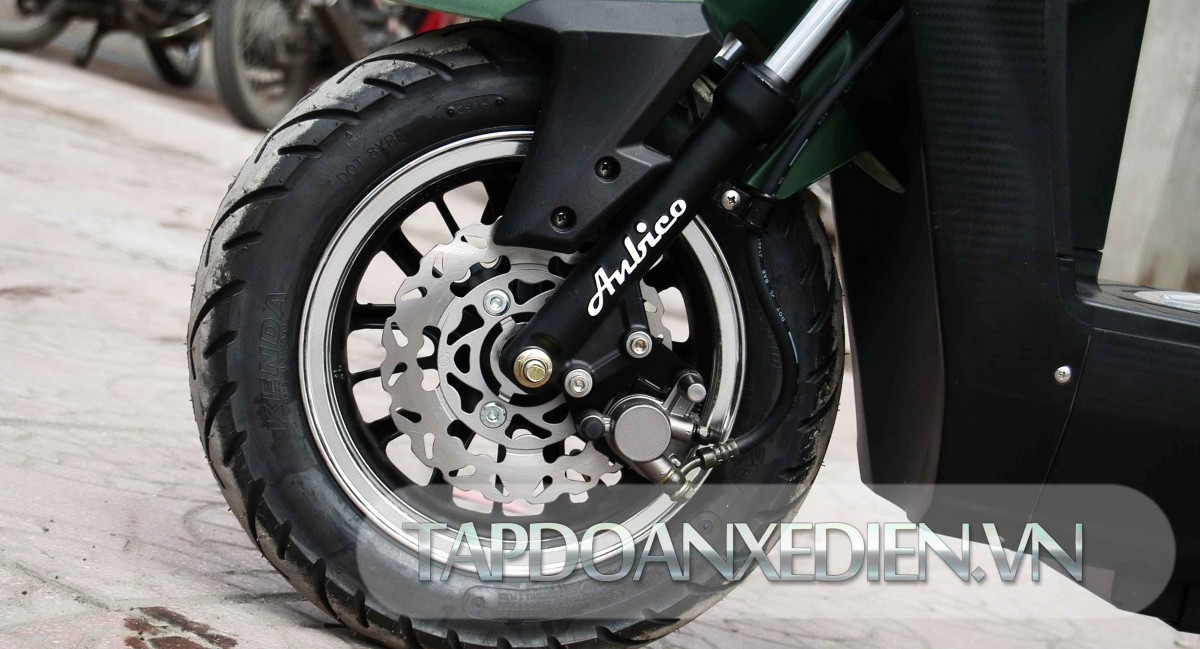 Phanh đĩa kết hợp lốp không săm an toàn
