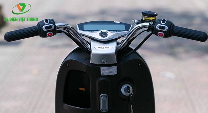 Đồng hồ điện tử áp dụng công nghệ Led giảm chói
