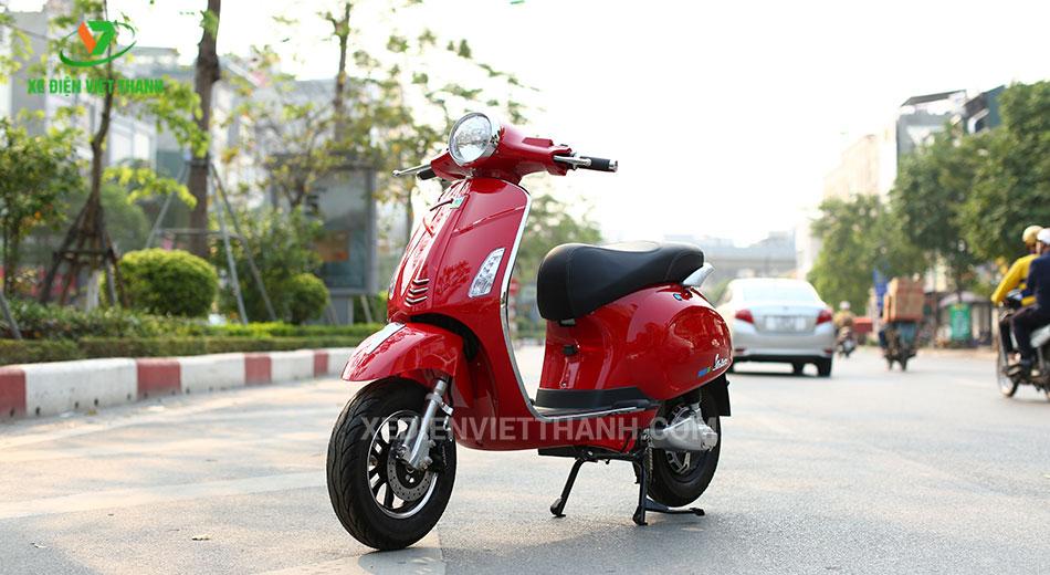 Mẫu xe điện valerio s màu đỏ