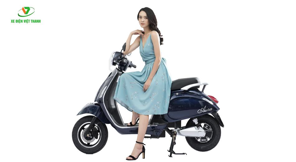 xe máy điện aura 9 xanh tím than