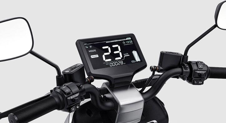 Đồng hồ điện tử tự điều chỉnh độ phơi sáng